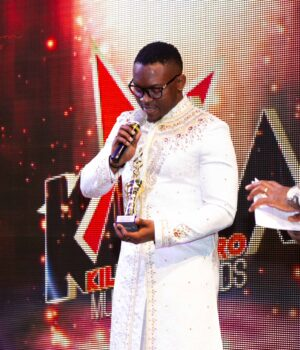 BEST MALE REVELATION - IZY LA FORCE TRANKIL