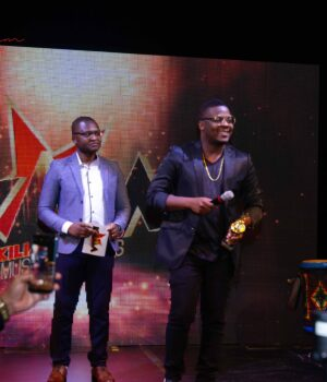 BEST MALE VOICE 2018 - RICHY JAY